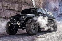На продажу выставилен единственный в мире шестиколесный Jeep Wrangler c паровым двигателем
