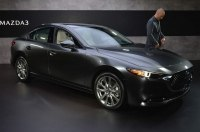 Озвучены официальные цены на семейство Mazda 3 нового поколения
