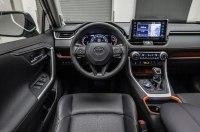 Toyota «научатся» распылять парфюм, а также слезоточивый газ для угонщиков