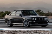 Британцы представила рестомод BMW M3 в кузове E30