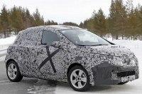 Прототип новой Renault Zoe попал в объективы шпионских камер
