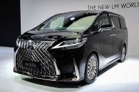 Lexus показал в Шанхае первый минивэн в своей истории