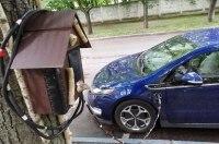 Оригинальный способ зарядки электромобилей от украинского водителя