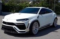 В США заметили широкий кроссовер Lamborghini Urus