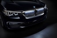 BMW 5-Series получил подсветку решетки радиатора как на новой BMW X6