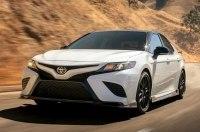 Toyota опубликовала цены на Camry 2020 в мощной версии TRD