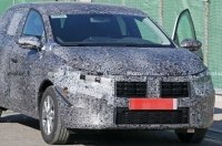Впервые запечатлен прототип новой Dacia Sandero