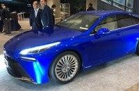 Toyota показала водородный электрический седан Mirai в Токио