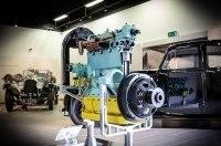 Стажеры Bentley восстановили двигатель 1920-х годов