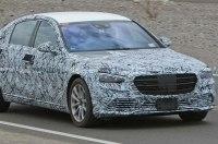 Новый Mercedes-S класса заметили на тестах