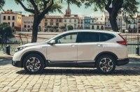 Низкие выбросы, экономичность, спортивная динамика и выразительные линии. Это новый Honda CR-V Hybrid.