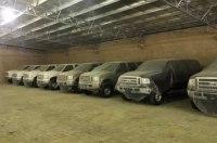 На складе обнаружена партия новых Ford Excursion, которые стояли без движения 15 лет