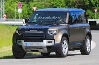 Land Rover приступил к испытаниям Defender с правильным двигателем