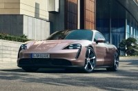Базовый Porsche Taycan возможно окажется самым веселым