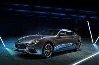 Гибридный Maserati Ghibli представлен официально