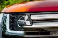 Nissan продает долю в Mitsubishi?
