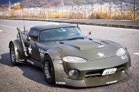 Шестиколесный Dodge Viper: за что с ним так?