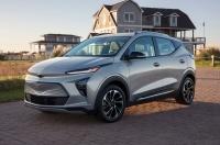 Bolt стал длиннее: Chevrolet представила обновленный электрокар