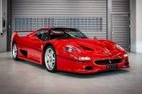 После ухода из Ferrari, Феттель решил избавиться и от их автомобилей