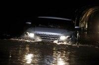 Range Rover, который не боится плавать (видео)
