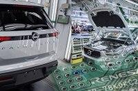 Заводы Volvo и Nissan приостановят выпуск авто