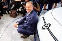 Глава VW назвал преимущества электромобилей над авто с ДВС