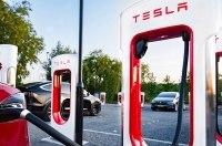 Владельцы Tesla в США станут еще счастливее