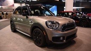 MINI Cooper S Countryman на выставке