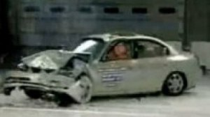 Crash Test Hyundai Elantra XD