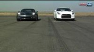 Chevy Corvette ZR1 vs Nissan GT-R