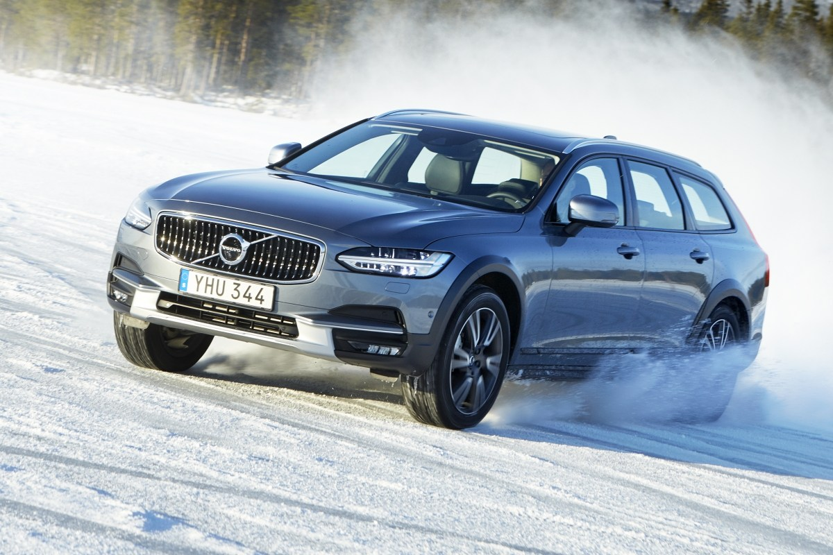 Тест-драйв Volvo V90: Volvo V90 CrossCountry - Король Севера