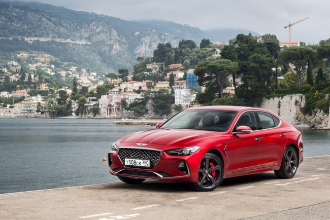Достоин ли кореец бороться с «трешкой» BMW, C-классом и Audi A4?. Hyundai Genesis G70