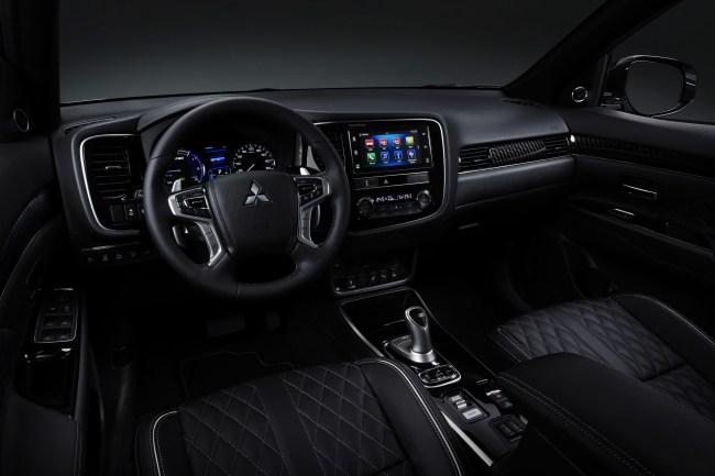 Mitsubishi Outlander PHEV. Шаткий успех в борьбе за экономию топлива. Mitsubishi Outlander PHEV