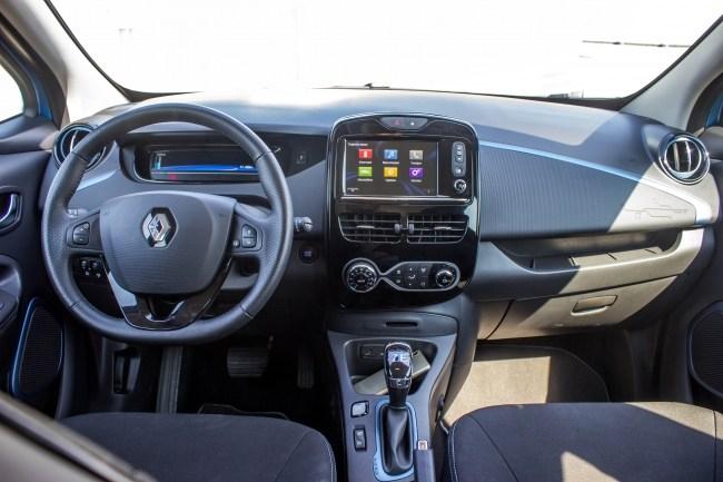 Renault ZOE. Електрокар, що зміг. Але поки – не в нас. Renault ZOE