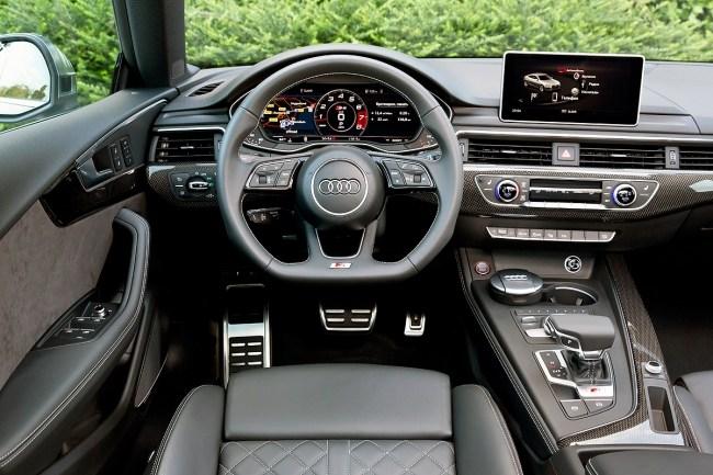 Порция горячего. Audi S5 Coupe