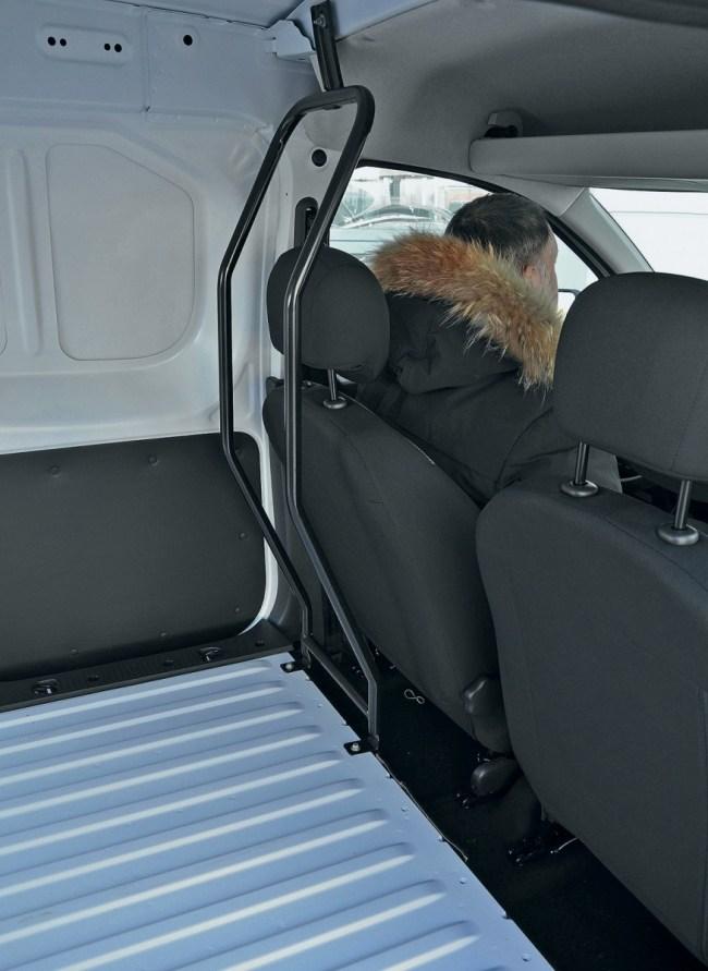 Пропорционально рациональный. Renault Dokker Van