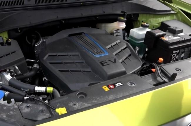 Hyundai Kona Electric электродвигатель
