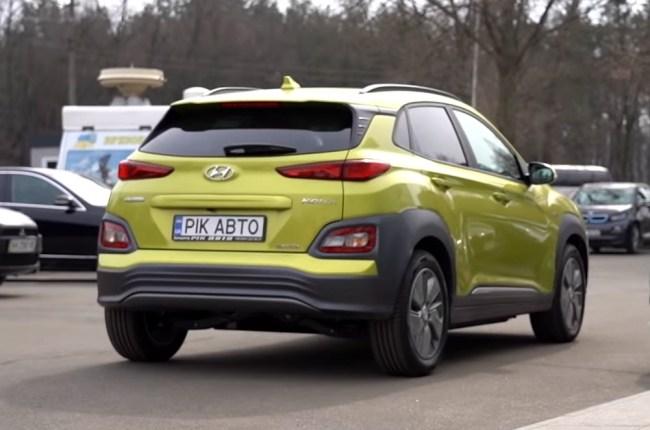Hyundai Kona Electric виз сзади