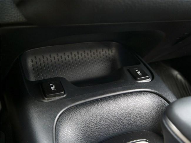 Сдать экзамены экстерном. Toyota Corolla Sedan