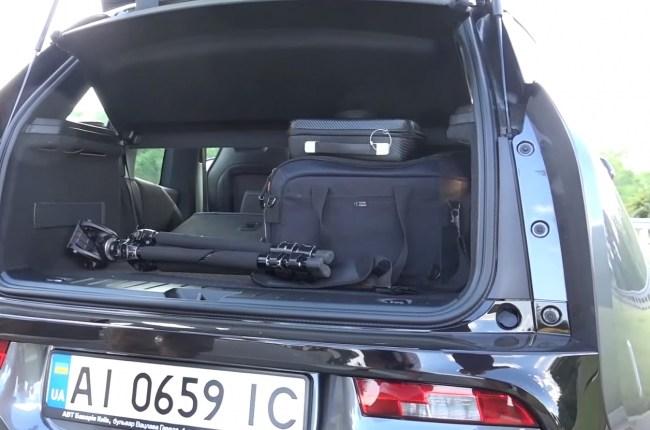 BMW i3s багажник