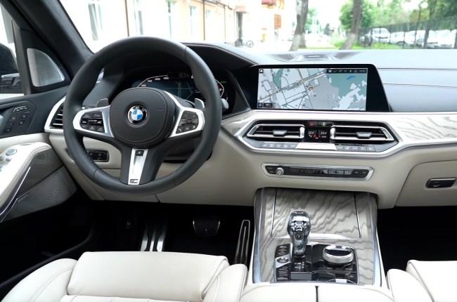 BMW Х7 салон
