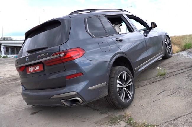 BMW Х7 диагональное вывешивание
