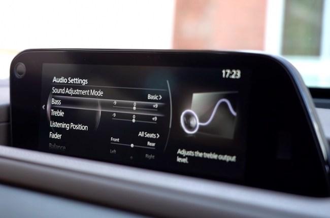 Mazda CX-30 мультимедия