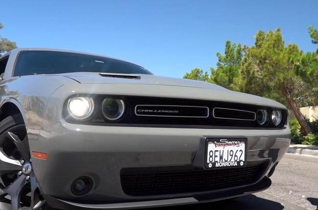 Dodge Challenger оптика