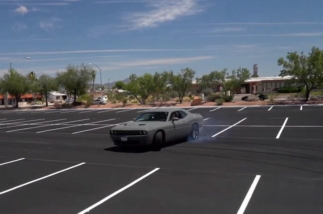 Dodge Challenger дрифт