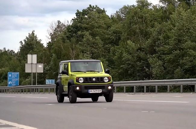 Suzuki Jimny на трассе
