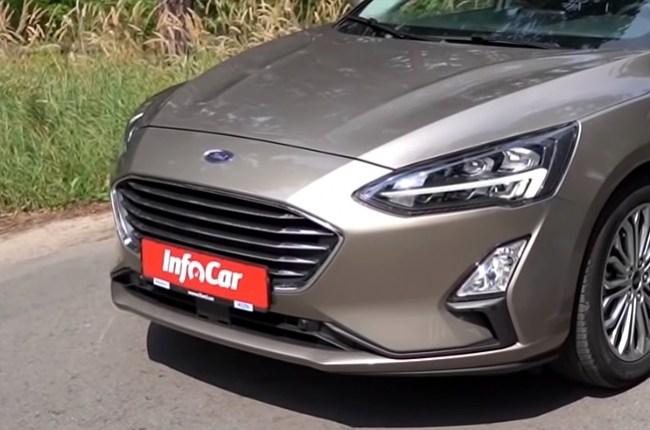 Ford Focus фары