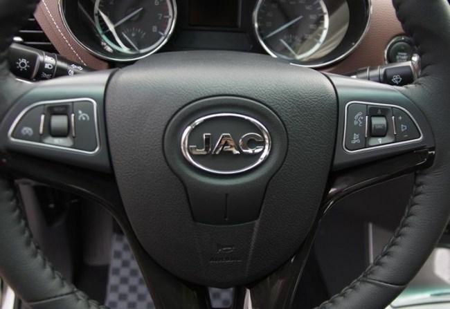 Toyota будет не в обиде. JAC T6