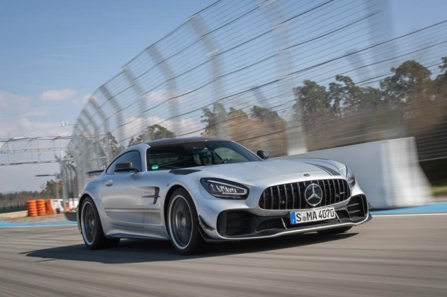 Борьба за трон. Mercedes AMG GT (C190)