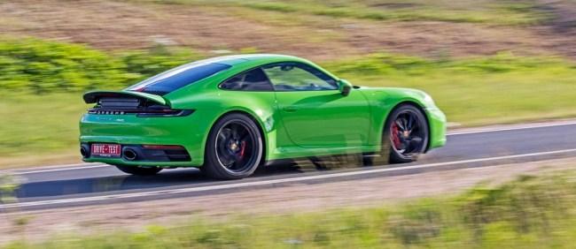 Отходим от формата совета купе. Porsche 911 Carrera